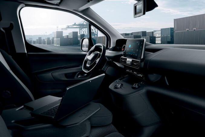 Image 5: Peugeot Partner Standard Diesel 1000 1.6 Bluehdi 100 Professional VAN