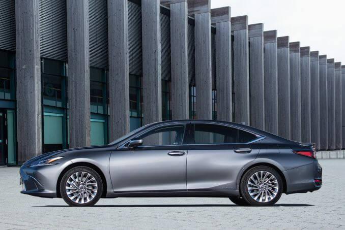 Image 3: Lexus ES Saloon 300H 2.5 4dr CVT [premium Pack]