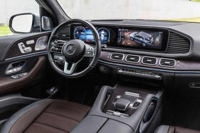 Image 2: Mercedes-Benz GLE Diesel Estate GLE 300D 4matic AMG Line 5dr 9G-Tronic