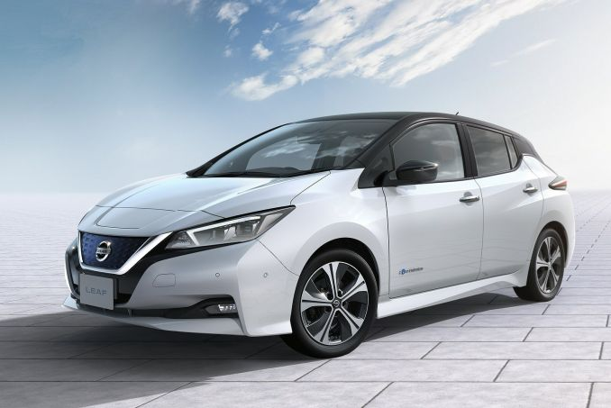Video Review: Nissan Leaf Hatchback 110KW Acenta 40KWH 5dr Auto [6.6KW Charger]