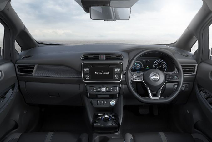 Image 2: Nissan Leaf Hatchback 110KW N-Connecta 40KWH 5dr Auto