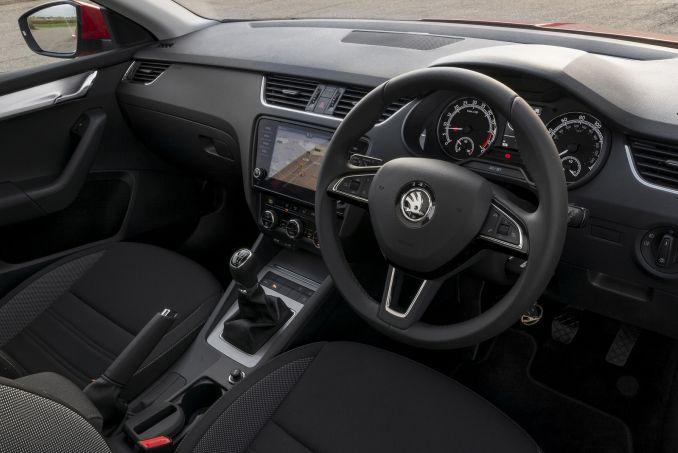 Image 3: Skoda Octavia Hatchback 1.0 TSI SE Drive 5dr