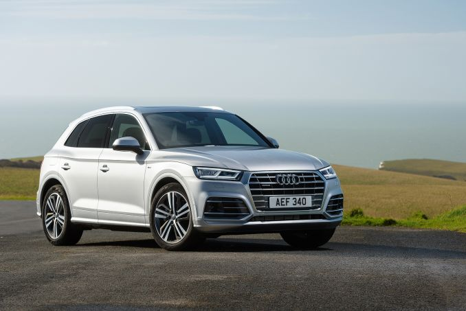 Image 3: Audi Q5 Diesel Estate 40 TDI Quattro S Line 5dr S Tronic