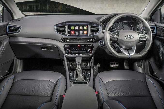 Image 2: Hyundai Ioniq Hatchback 1.6 GDI Hybrid Premium 5dr DCT