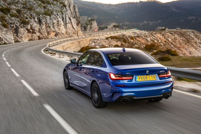 Image 3: BMW 3 Series Saloon 330I M Sport 4dr Step Auto