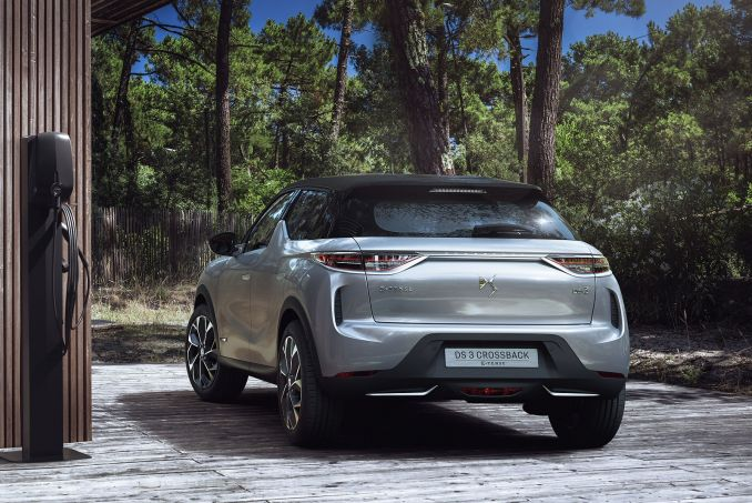 Image 1: DS DS 3 Crossback Hatchback 1.2 Puretech Performance Line 5dr