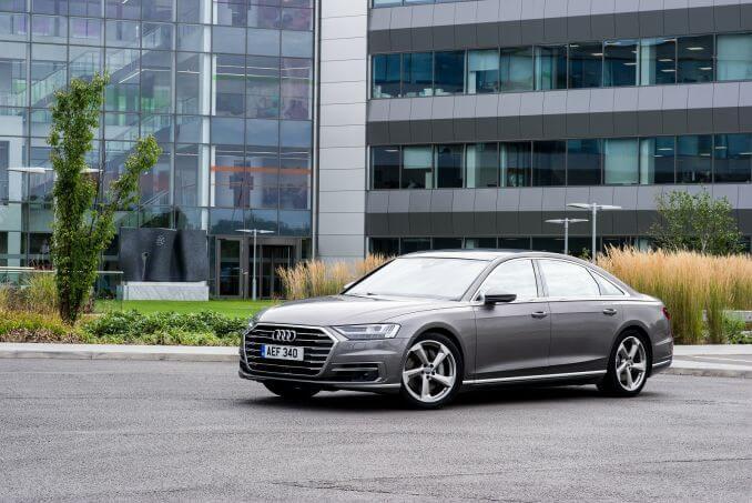 Image 5: Audi A8 Saloon L 55 Tfsi Quattro S Line 4dr Tiptronic [C+S]