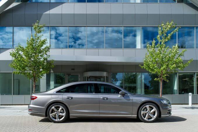 Image 6: Audi A8 Saloon L 55 Tfsi Quattro S Line 4dr Tiptronic [C+S]