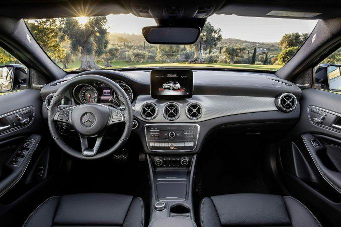 Image 3: Mercedes-Benz GLA Class Hatchback GLA 180 Urban Edition 5dr