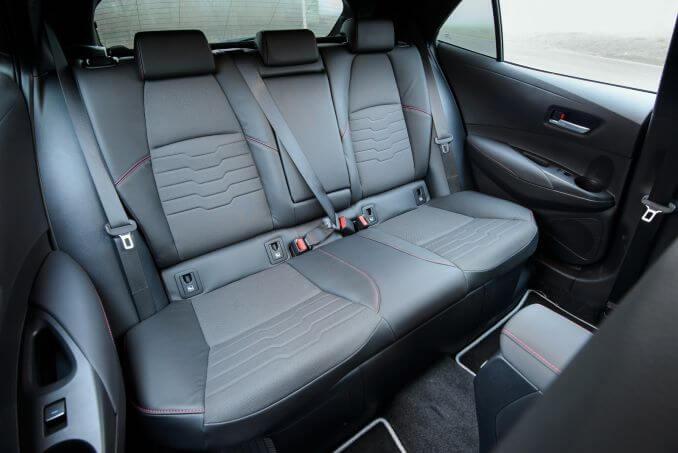Image 6: Toyota Corolla Hatchback 1.8 VVT-I Hybrid Icon 5dr CVT