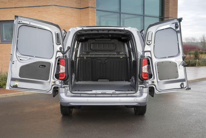 Image 6: Peugeot Partner Standard Diesel 1000 1.6 Bluehdi 100 Asphalt VAN