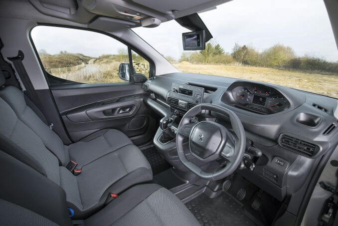 Image 2: Peugeot Partner Standard Diesel 1000 1.6 Bluehdi 100 Asphalt VAN