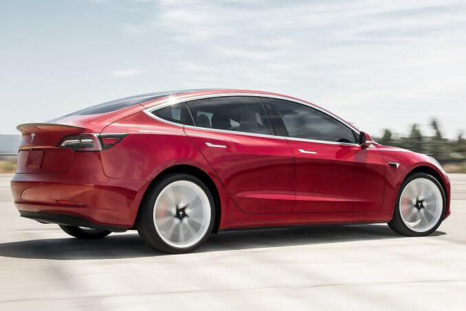 Image 5: Tesla Model 3 Saloon Long Range AWD 4dr Auto