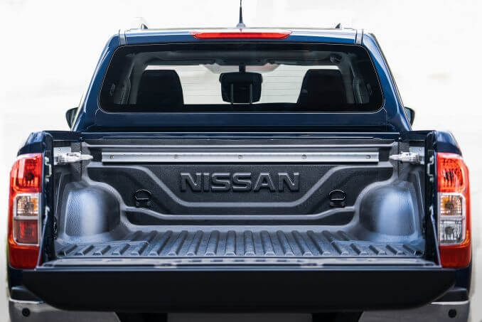 Image 3: Nissan Navara Diesel Doublecab Pickup N-Connecta 2.3DCI 190 TT 4WD Auto