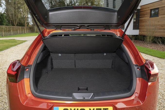 Image 4: Lexus UX Hatchback 250H 2.0 5dr CVT
