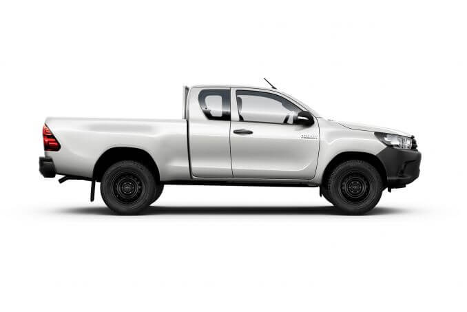 Image 1: Toyota Hilux Diesel Active Extra CAB Pick UP 2.4 D-4D