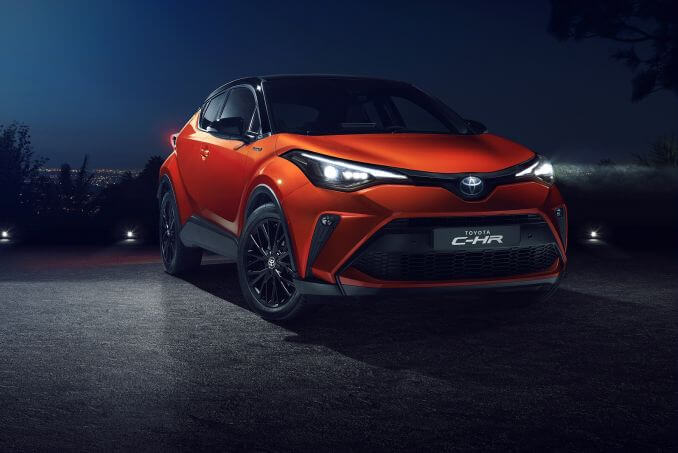 Video Review: Toyota C-HR Hatchback 1.8 Hybrid Icon 5dr CVT
