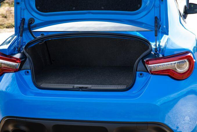 Image 4: Toyota GT86 Coupe Special Edition 2.0 D-4S Blue Edition 2dr