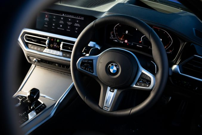 Image 3: BMW 3 Series Diesel Saloon 320D M Sport 4dr Step Auto