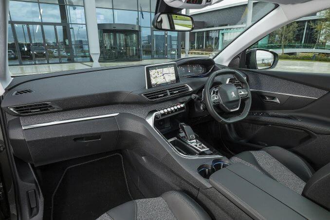 Image 3: Peugeot 3008 Estate 1.2 Puretech Allure 5dr