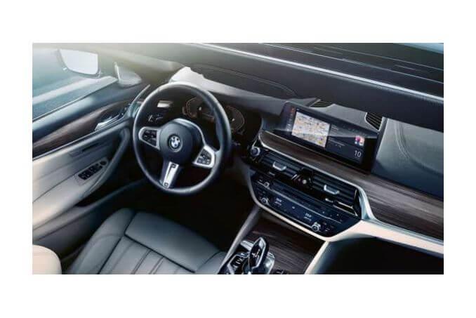 Image 6: BMW 5 Series Diesel Touring 520D MHT M Sport 5dr Auto