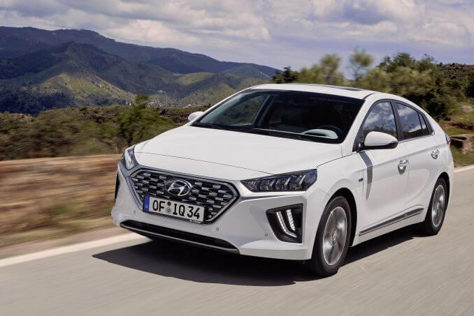 Image 4: Hyundai Ioniq Hatchback 1.6 GDI Hybrid Premium 5dr DCT