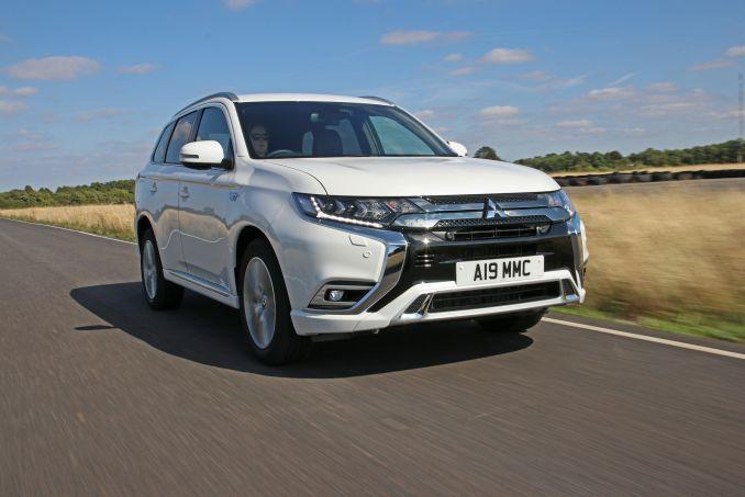Image 2: Mitsubishi Outlander Estate 2.4 Phev Verve 5dr Auto