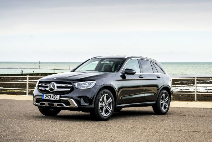 Video Review: Mercedes-Benz GLC Diesel Estate GLC 220D 4matic AMG Line 5dr 9G-Tronic