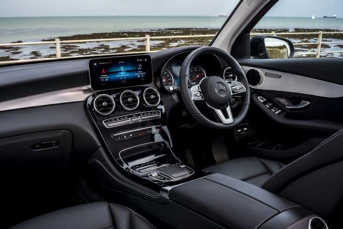 Image 3: Mercedes-Benz GLC Diesel Estate GLC 220D 4matic AMG Line 5dr 9G-Tronic