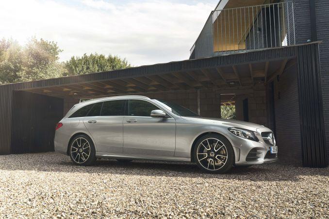 Image 3: Mercedes-Benz C Class Diesel Estate C220d AMG Line Edition 5dr 9G-Tronic