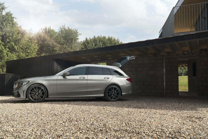 Image 5: Mercedes-Benz C Class Diesel Estate C220d AMG Line Edition 5dr 9G-Tronic