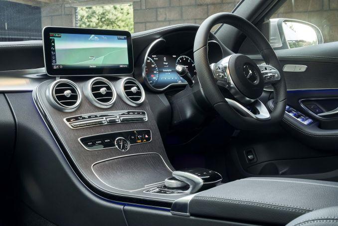 Image 2: Mercedes-Benz C Class Diesel Estate C220d AMG Line Edition 5dr 9G-Tronic