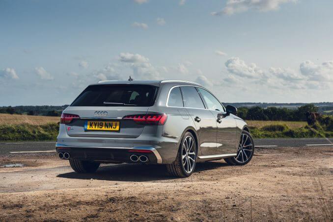 Image 3: Audi A4 Diesel Avant S4 TDI Quattro Black Edition 5dr Tiptronic [C+S]
