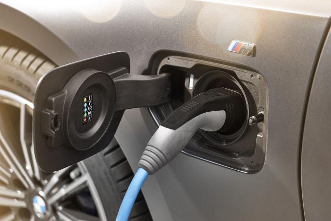 Image 6: BMW 3 Series Saloon 330E M Sport 4dr Auto [tech Pack]