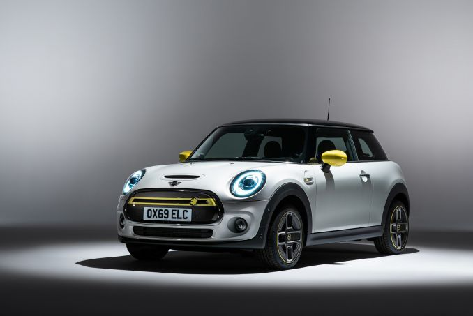Image 1: Mini Electric Hatchback 135KW Cooper S 1 33KWH 3dr Auto