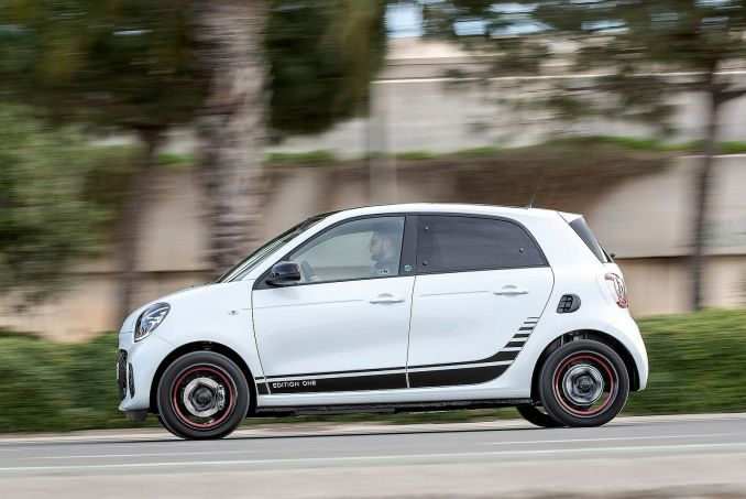 Image 5: Smart Forfour Electric Hatchback 60KW EQ Passion Advanced 17KWH 5dr Auto [22kwch]