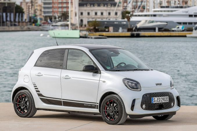 Image 1: Smart Forfour Electric Hatchback 60KW EQ Passion Advanced 17KWH 5dr Auto [22kwch]