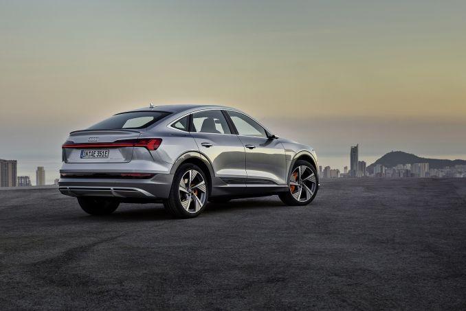 Image 2: Audi E-Tron Estate Special Editions 300KW 55 Quattro 95KWH Launch ED 5dr Auto [C+S]