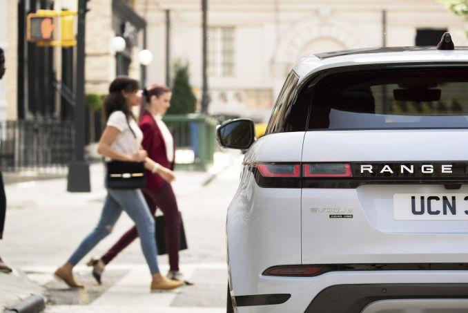 Image 4: Land Rover Range Rover Evoque Diesel Hatchback 2.0 D150 R-Dynamic 5dr 2WD