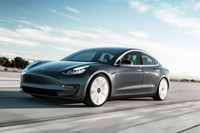 Video Review: Tesla Model 3 Saloon Performance AWD 4dr [performance Upgrade] Auto