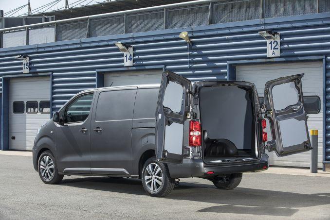 Image 4: Peugeot Expert Compact Diesel 1000 1.5 Bluehdi 100 S VAN