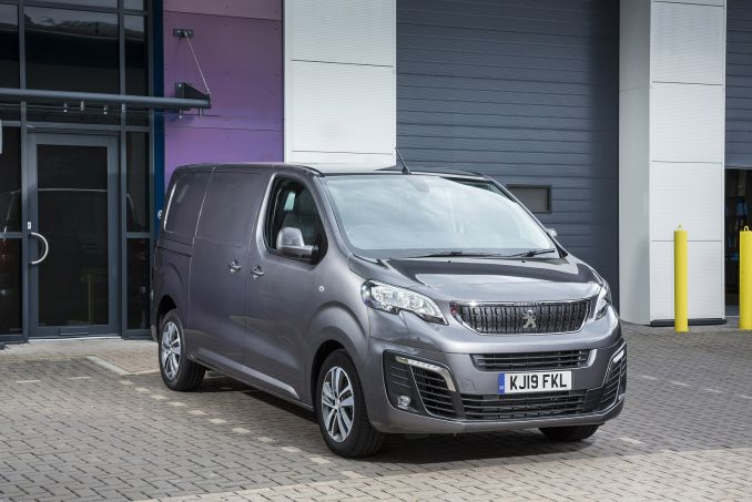 Image 6: Peugeot Expert Compact Diesel 1000 1.5 Bluehdi 100 S VAN