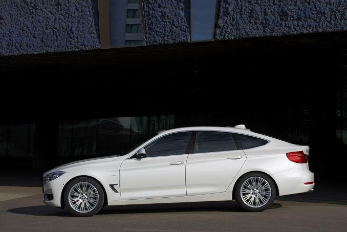 Image 3: BMW 3 Series Gran Turismo Diesel Hatchback 330D M Sport 5dr Step Auto [business Media]