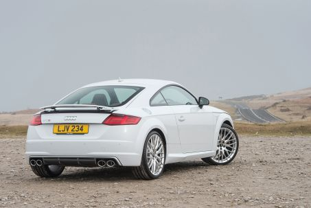 Video Review: Audi TT RS Coupe TT RS Tfsi Quattro 2dr S Tronic