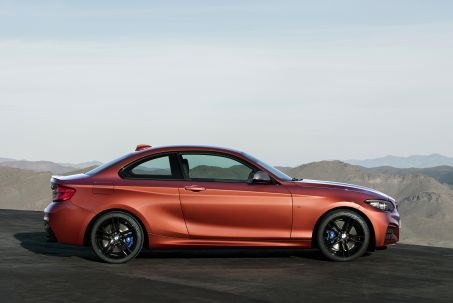 Video Review: BMW 2 Series Coupe 220I Sport 2dr [NAV] Step Auto