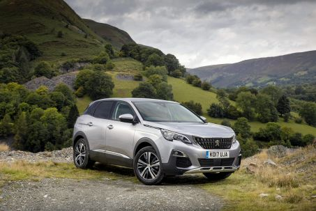 Video Review: Peugeot 3008 Estate 1.2 Puretech Allure 5dr EAT8