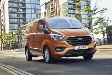 Video Review: Ford Transit Custom 320 L2 Diesel FWD 2.0 Ecoblue 105PS High Roof Trend VAN