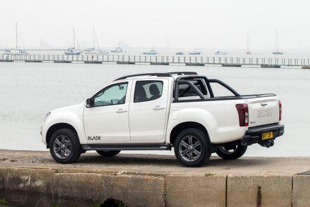 Video Review: Isuzu D-MAX Diesel 1.9 Blade Double CAB 4X4 Auto