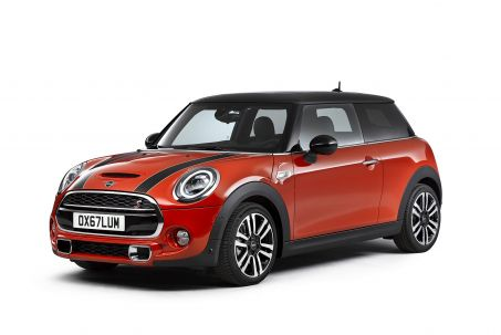 Video Review: Mini Hatchback 1.5 Cooper Classic II 3dr Auto [comfort Pack]