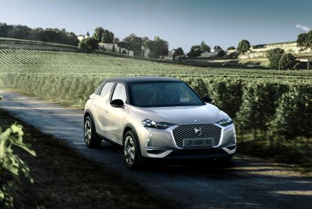 Image 1: DS DS 3 Crossback Hatchback 1.2 Puretech 130 Performance Line 5dr EAT8